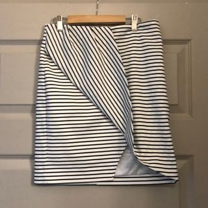 Finders Keepers size M striped mini skirt